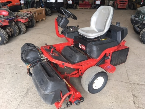 Toro - Ride on mower Gr3200 - Image 1