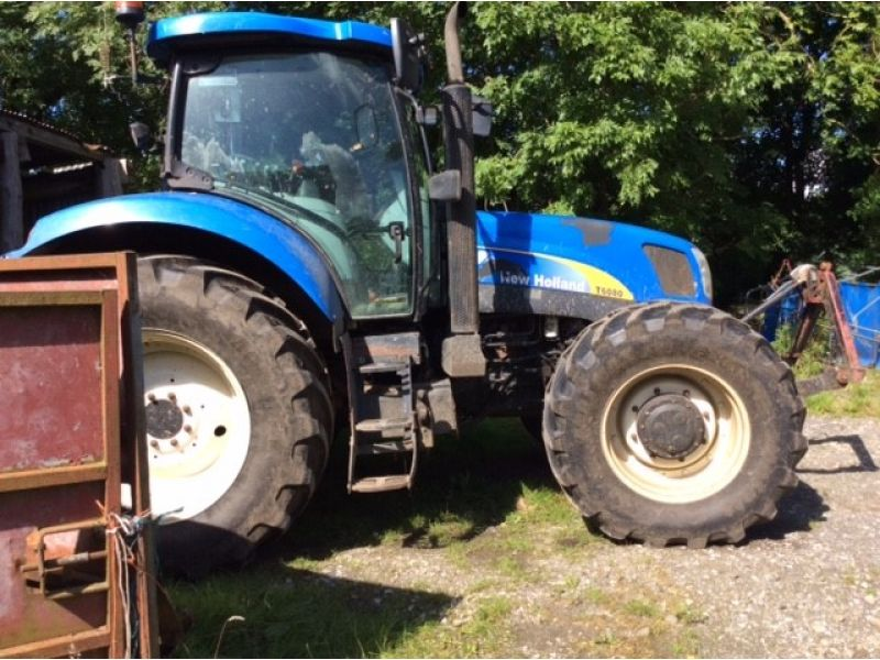 New Holland - T6080 Tractor - Image 1