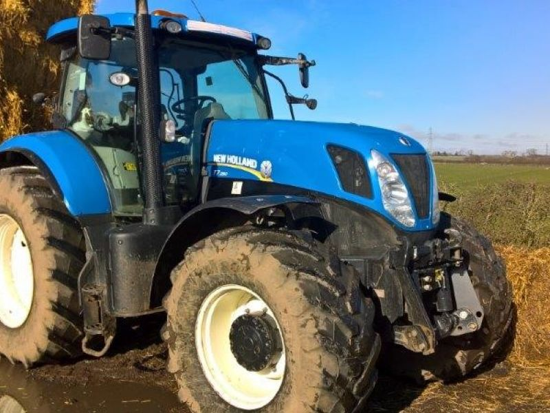 New Holland - T7.250 Tractor - Image 1