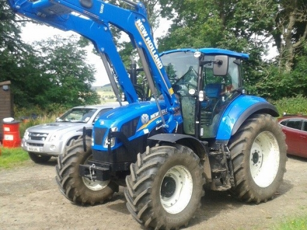 New Holland - T5.115 Electro Command Tractor - Image 1