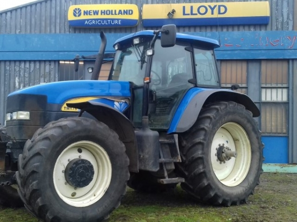 New Holland - Tm175 Tractor - Image 1