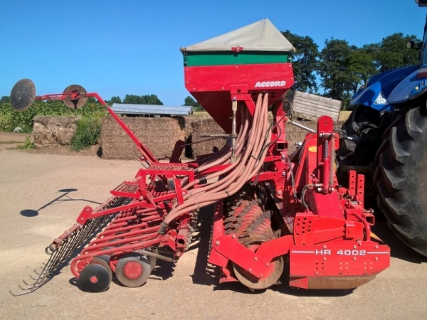 Kuhn - HR 4002 Accord Combi - Image 1