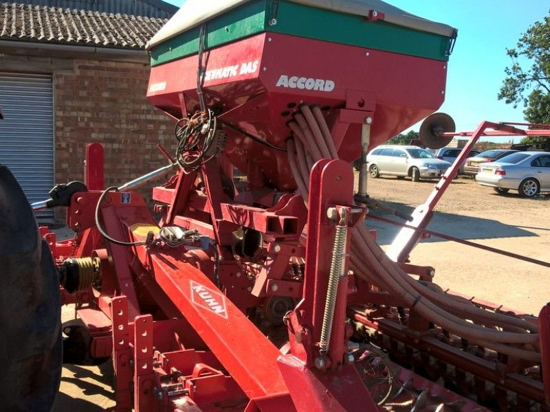 Kuhn - HR 4002 Accord Combi - Image 4