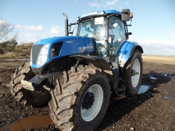 New Holland - T7.270 - Image 1