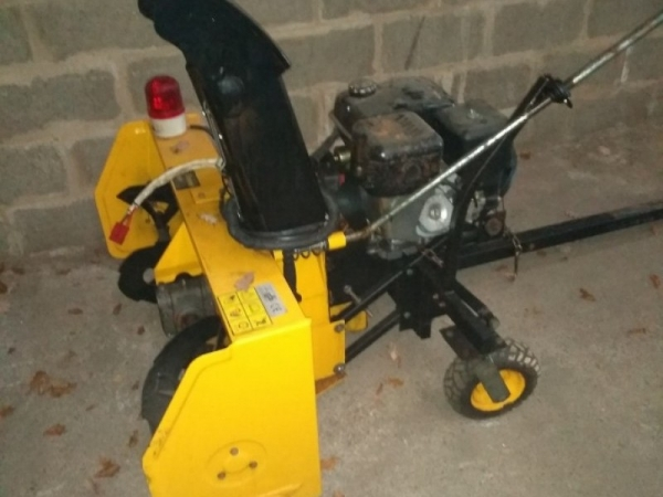 Snow blower - not known - Image 1