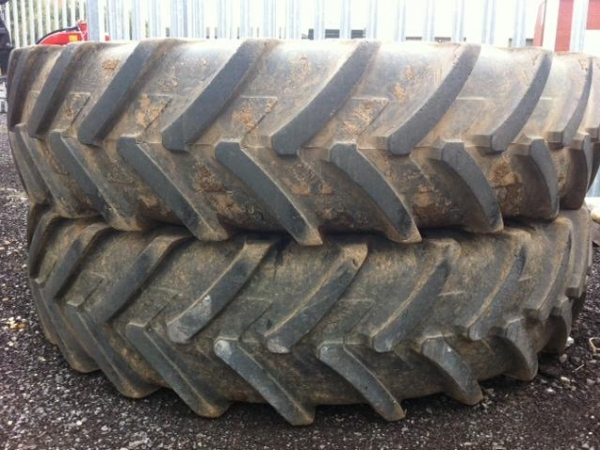 Misc - 420/80R46 Rowcrop - Image 1